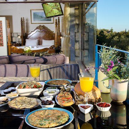 ארוחת בוקר בסוויטה הקלאסית